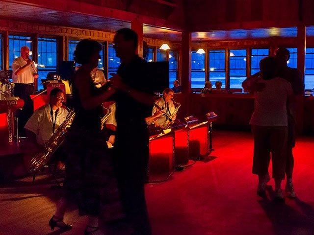ST-Lakes-Devils-Lake-Dance-crSkillet CreekMedia-2016.jpg