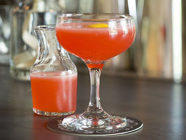 Cocktail-Field-Table-Wandrous-crEricTadsen-06022016.jpg