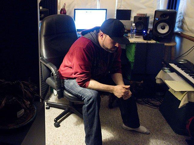 Snapshot-Vitale-Joey-SoundEngineer-LaurenJustice-06022016.jpg