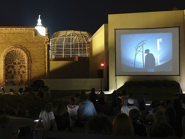 Screens-Rooftop-Cinema-06092016.jpg