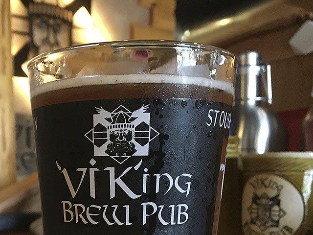 Beer-Viking-Brewpub-Cream-Ale-crRobinShepard-06222016.jpg