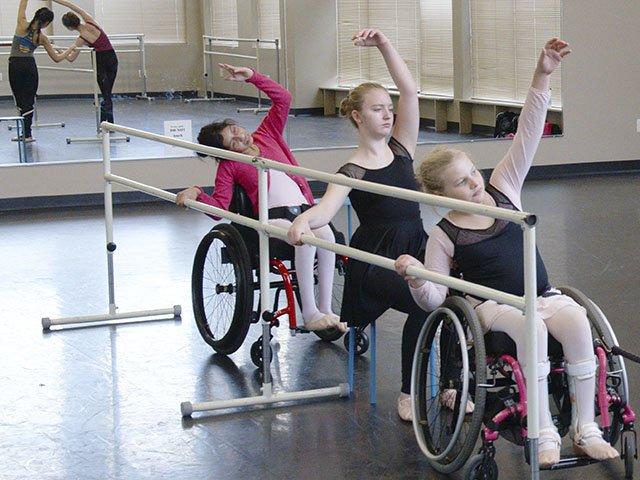 Snapshot-Sitting-Ballet-TEASER-crJeffreyRBallard-06232016.jpg