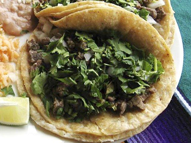 Food-lengua-3-to-try-7212016.jpg