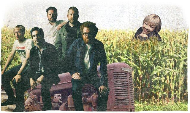 Cover-FallMusicPreview2016-Spread1-09012016.jpg
