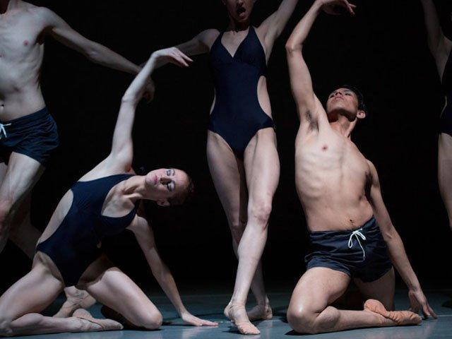 Picks-Mad-Ballet-Black-White-10132016.jpg
