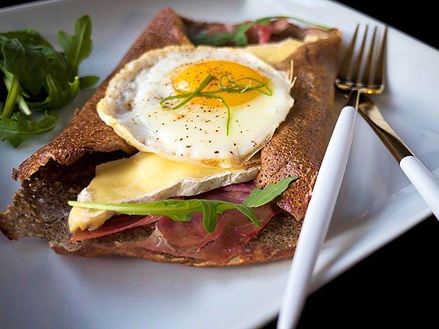 food-LaKitchenette-CrepeMontagnarde-crFrédéricBouché-11102016.jpg