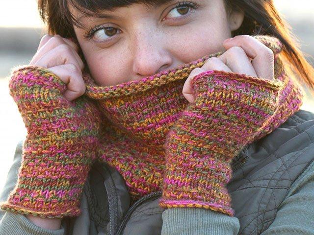 Giving-2016-DIY-Yarn-Knitting-Patterns.jpg