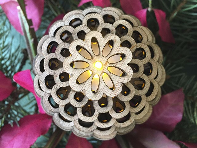 Giving-2016-Maker-Pinecones-crCarolynFath (2).jpg