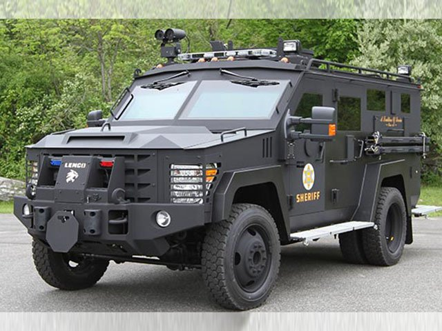 News-Police-Vehicle-11232016.jpg