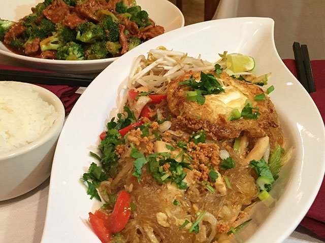 Holiday in cambodia isthmus madison wisconsin for Angkor borei cambodian cuisine