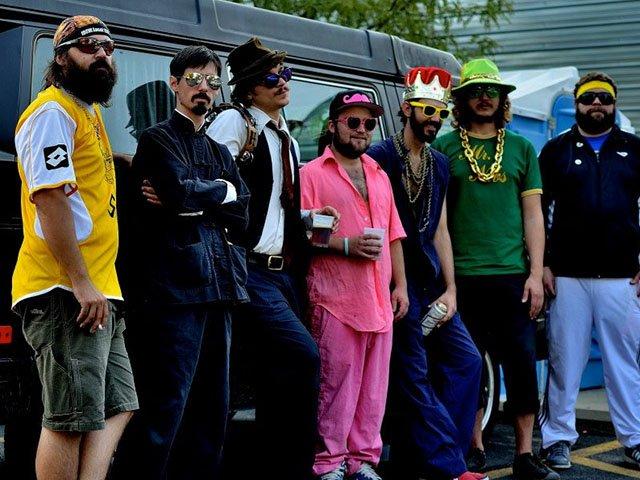 Picks-The-Mustache-12222016.jpg