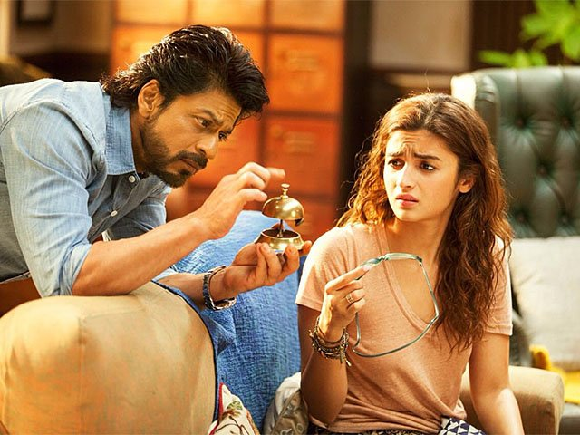 Screens-Dear-Zindagi-1222016.jpg