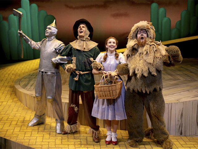 Stage-CTM-Wizard-Of-Oz-crDanSMyers-12222016.jpg