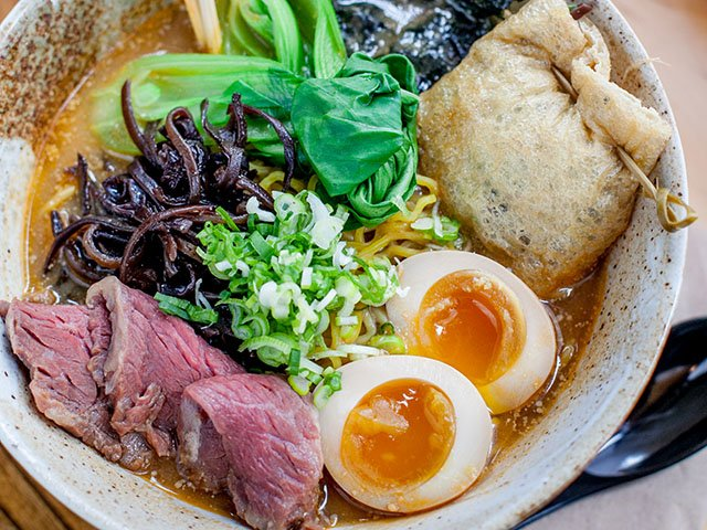 food-MorrisRamen-crLauraZastrow-01262017.jpg