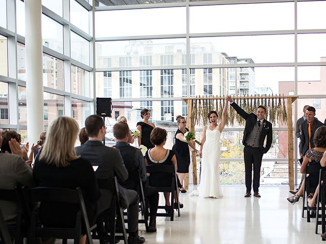 Emphasis-Madison-Public-Library-wedding-03092017.jpg