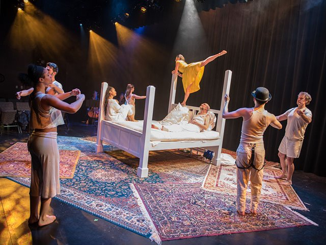 Stage-Theatre-Lila-The-Bed_crRossZentner-03112017.jpg