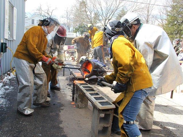 calendar-Wisconsin-Makers-Iron_pour.JPG