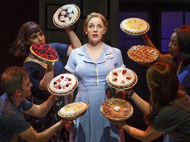 Stage-Waitress-crJoanMarcus-04022017.jpg