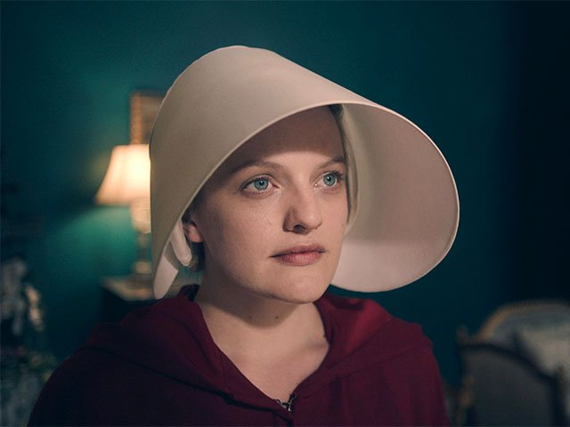 Screens-Handmaids-Tale-05042017.jpg