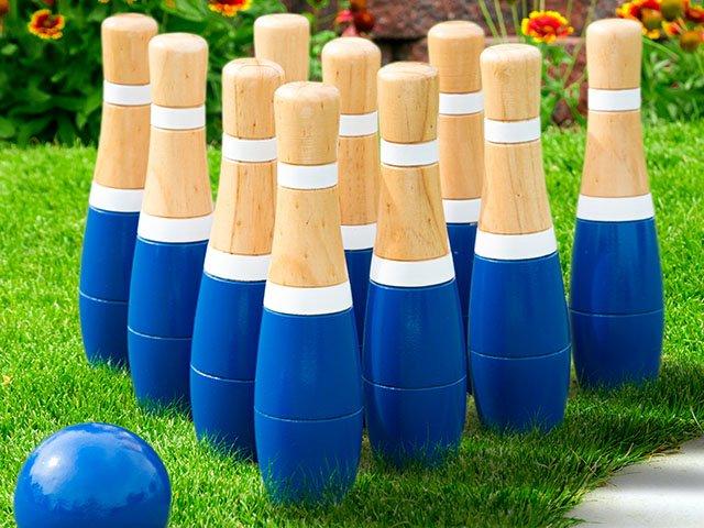 Gadgets-Lawn-Bowling-ST2017.jpg