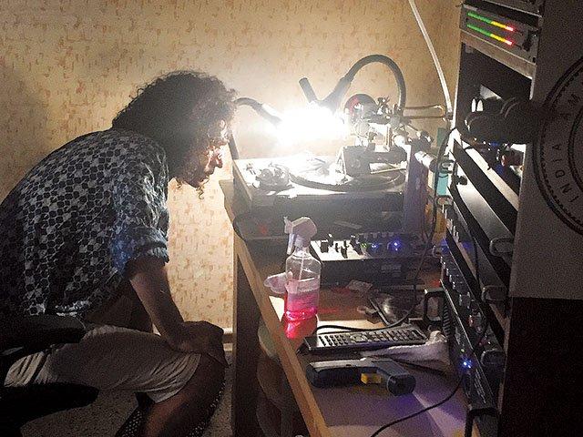 Music-MalhotraAnkur-vinyl-cutting-crAshutoshSharma-06012017.jpg