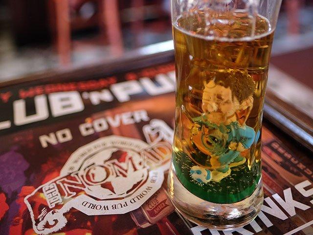Beer-Nomad-World-Pub-crAaronVoskuil-06152017 (2).jpg