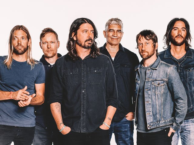 Music-Foo-Fighters-crBrantleyGutierrez-06202017.jpg
