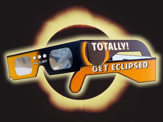 Astronaut Films a Solar Eclipse From Space