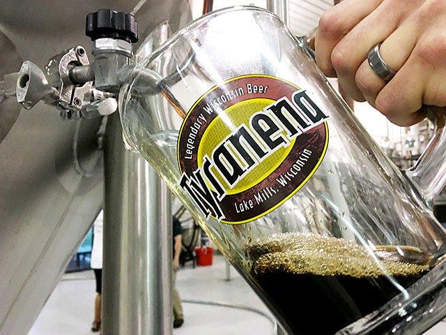beer-Tyranena-Carnal-Knowledge-crRobinShepard-08102017.jpg