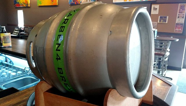Beer-pre-great-taste-party-Karben4-firkin-08092017.jpg
