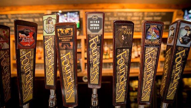 Beer-pre-great-taste-party-Coopers-Tavern-08092017.jpg