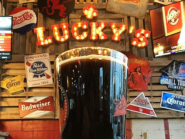 Beer-Luckys-5th-quarter-porter-crRobinShepard-08312017.jpg