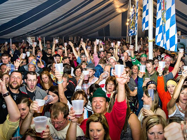 beer-twocentpint-NewGlarus-Oktoberfest-crSueMoen-09062017.jpg