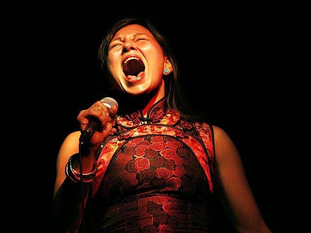 Music-Tanya-Tagaq-crNadyaKwandibens-10052017.jpg