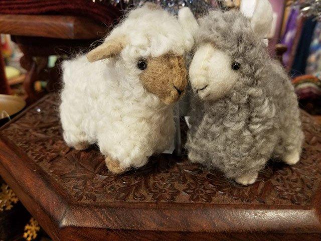 PhotoGallery_SERRV_sheep_ornaments.jpg