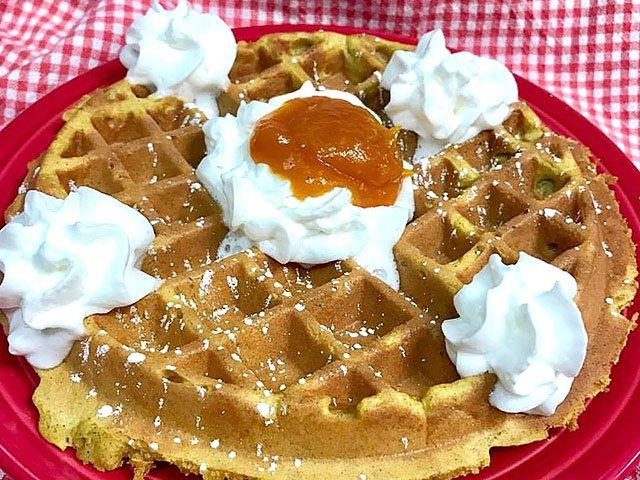 Food-EatsEvents-YolaCafe-pumpkin-waffle-11232017.jpg