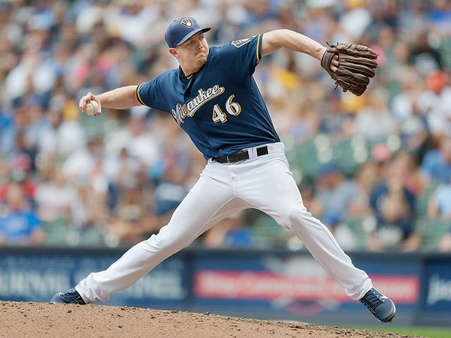 Sports-KnebelCorey-crKirstenSchmittMilwaukeeBrewers-12212017.jpg