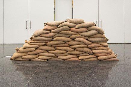 Art-Arsenal-HampelKate-floodwall-01112018.jpg