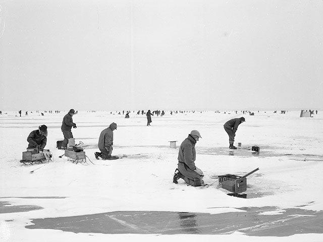 Cover-Ice-Fishing-crWHS34482-02012018.jpg