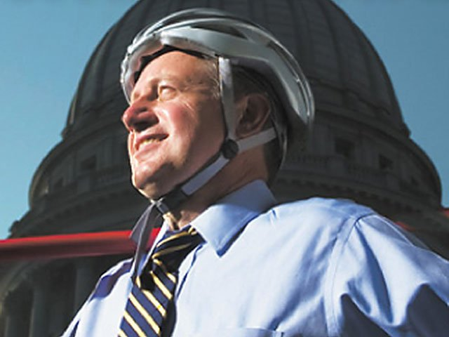 News-Dave-Cieslweicz-bike2_crDaveNevala02052018.jpg