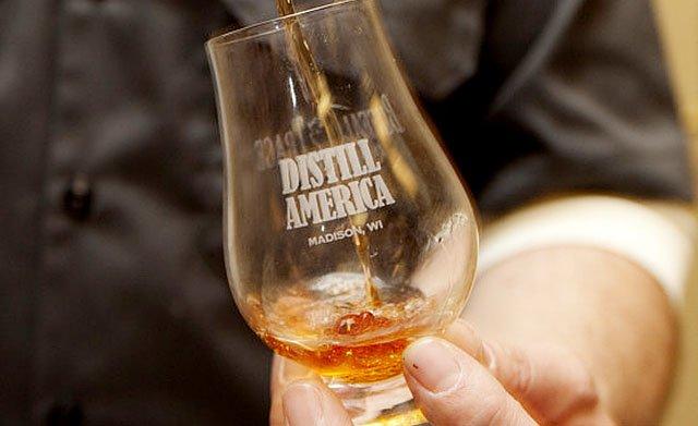 Cover-Distill-America-2014-glass-crScottMaurer-02152018.jpg