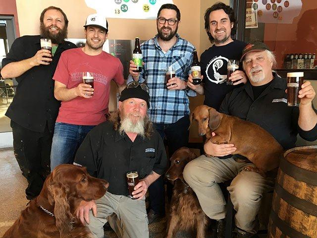 Beer-John-Caseys-Group-crRobinShepard-03142018.jpg