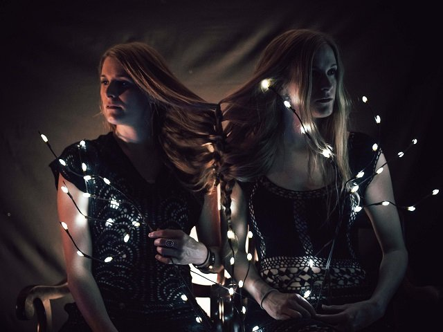calendar-Shook-Twins-cr-Jessie-McCall.jpg