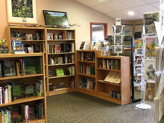 Emphasis-uw-arboretum-bookstore-crLindaFalkenstein-04192018.jpg