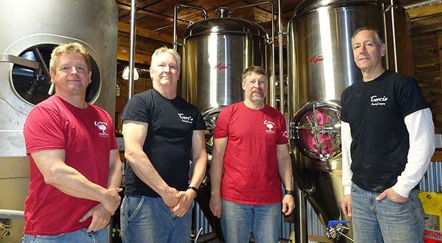 Beer-Cercis-Brewing-partners-crRobinShepard-05172018.jpg
