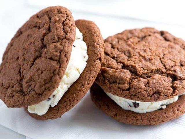 Food-EatsEvents_IceCreamSandwich-06072018.jpg