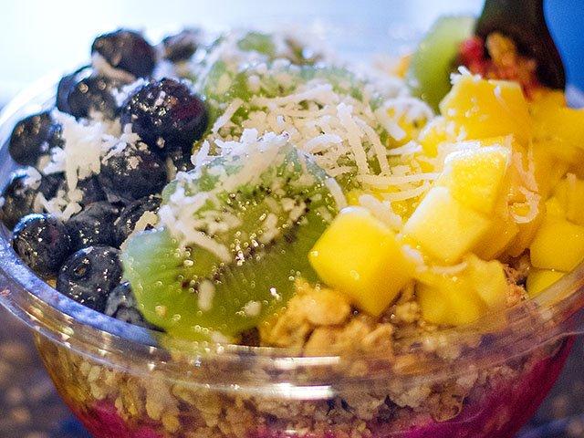 Food-Frutta-Bowls-jamaican bowl-crBethMcConnell-08232018.jpg