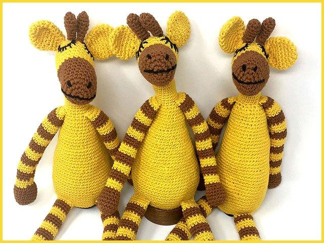 Emphasis-UbuntuTrade-giraffes-knit-08302018.jpg