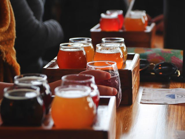 Cover-Beer-Flights-10042018.jpg