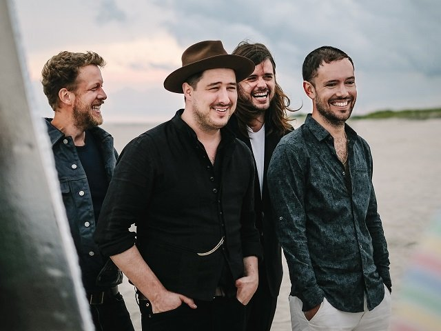 calendar-Mumford-and-Sons-cr-Gavin-Batty.jpg